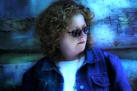 Mollie_07_maria_sunglasses_smaller